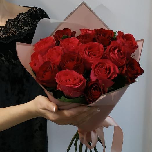 17 роз