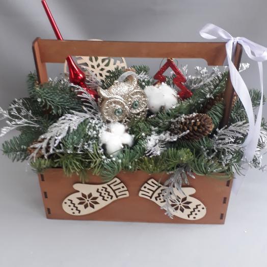 Рождественская композиция в ящике