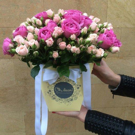 Букет из пионовидной и кустовой розы: букеты цветов на заказ Flowwow