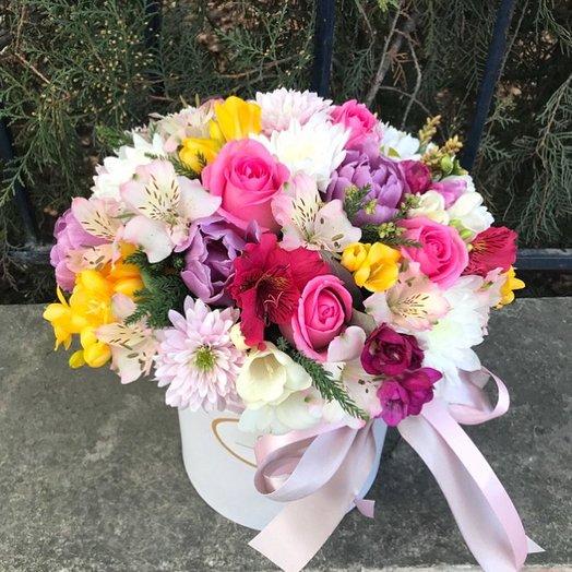 Сборнаая композиция в коробке: букеты цветов на заказ Flowwow