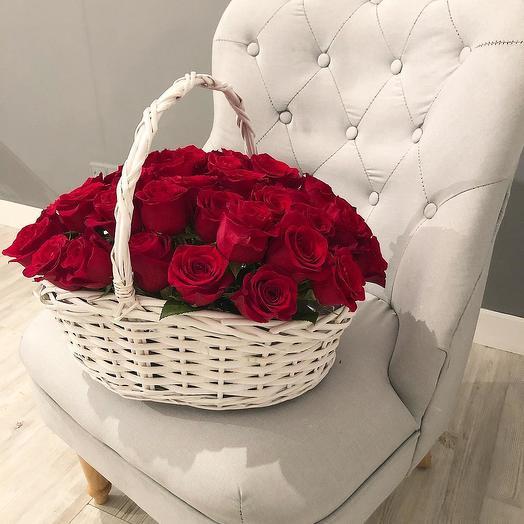 39 роз в корзине: букеты цветов на заказ Flowwow