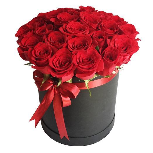 Розы красные в коробочке