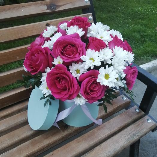 "Шляпная коробочка с розами ""пинк-вайт """