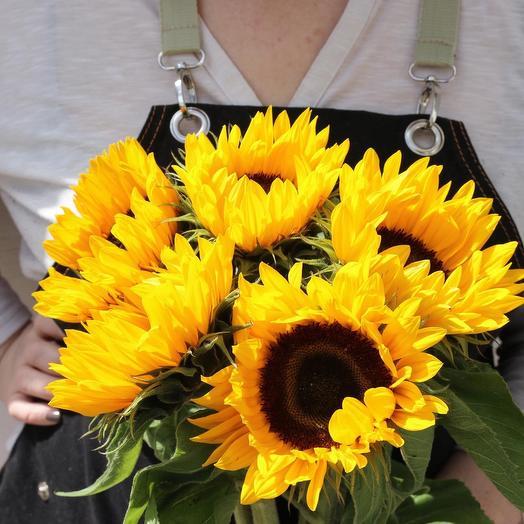 Пять подсолнухов: букеты цветов на заказ Flowwow