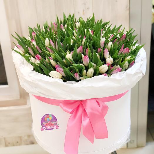 """Коробка тюльпанов """"Pink Love"""": букеты цветов на заказ Flowwow"""