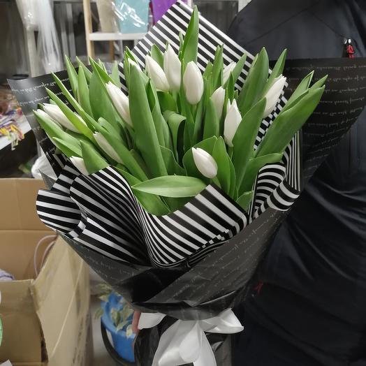 Черно - белое кино:25 тюльпанов: букеты цветов на заказ Flowwow