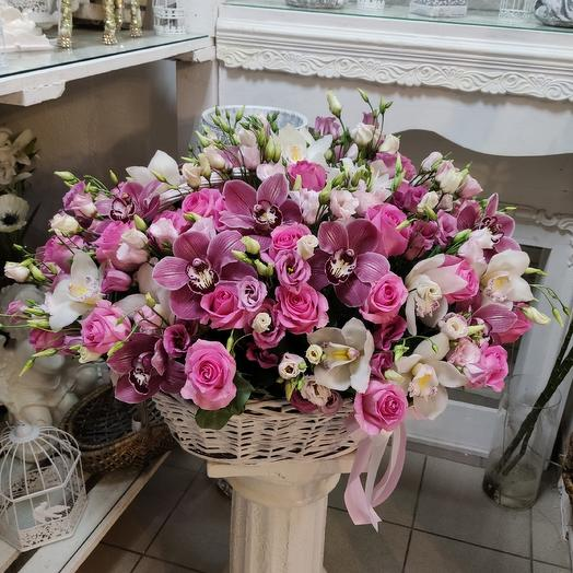 Корзина Сладкое мгновенье: букеты цветов на заказ Flowwow
