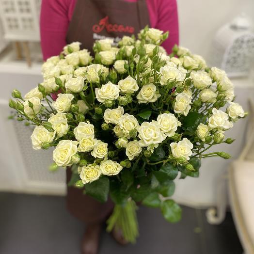 15 кустовых роз: букеты цветов на заказ Flowwow