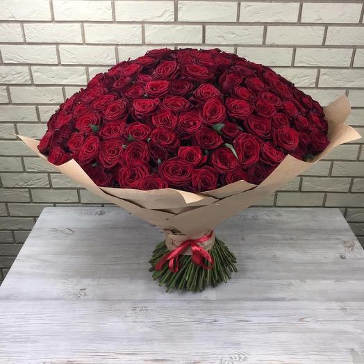 211 красных роз: букеты цветов на заказ Flowwow