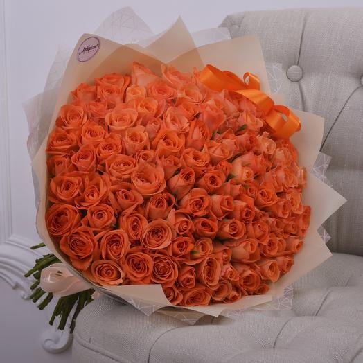 Букет 101 Мандариновая Роза: букеты цветов на заказ Flowwow