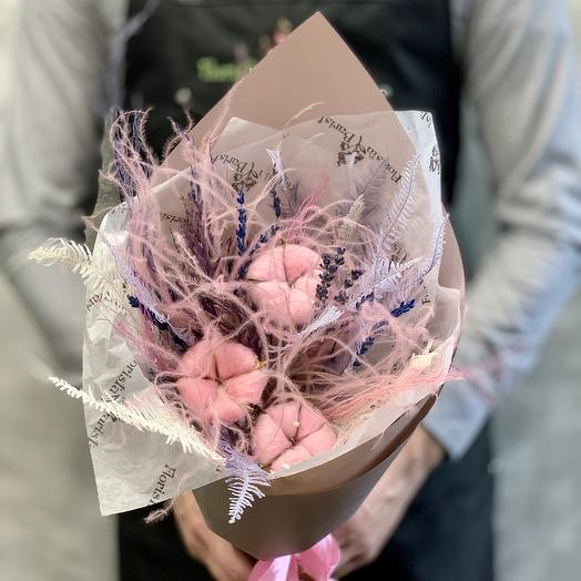 Букет из сухоцветов в сиренево-розовых тонах: букеты цветов на заказ Flowwow