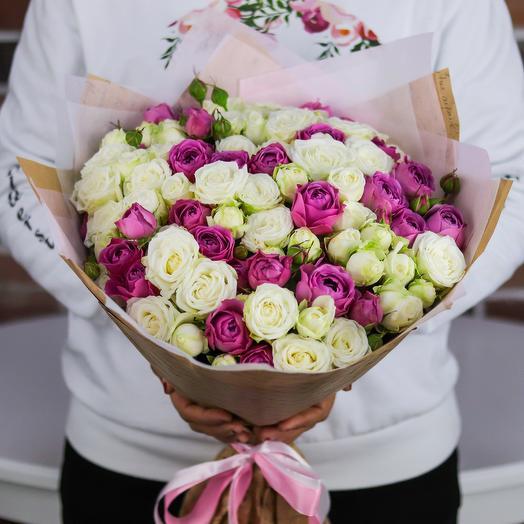 Букет из кустовых пионовидных роз (25 шт). N742