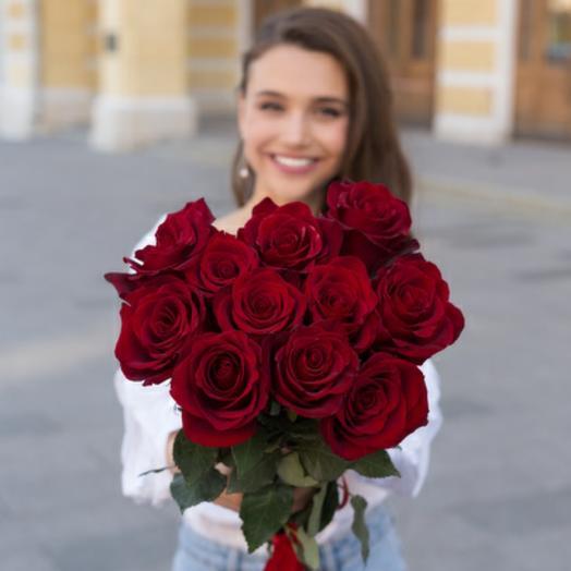 11 красных роз (Эквадор)