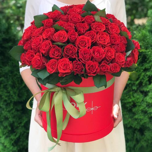 101 красная роза Эль Торо в шляпной коробке