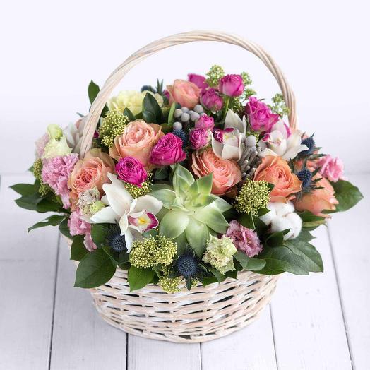 Корзина с цветами Кахала