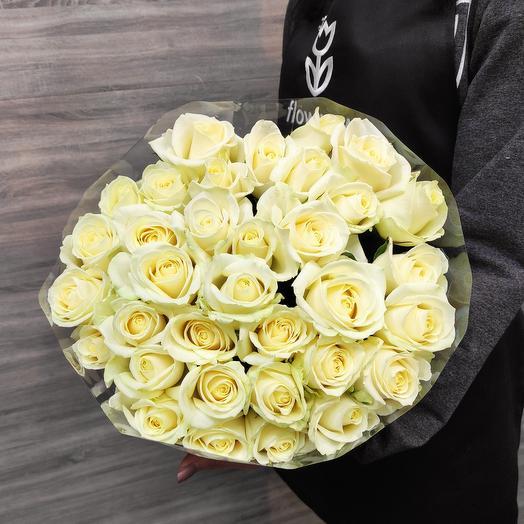 Букет белых роз по ленту