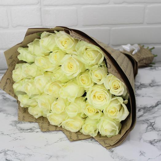 Букет из 31 розы 60см