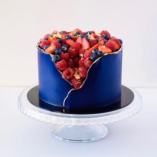 Торт «корзина с ягодами»