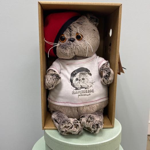 Басик в футболке с принтом Плюшевая революция