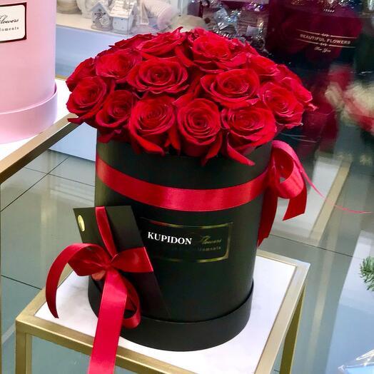 Шляпная коробка на 25 роз
