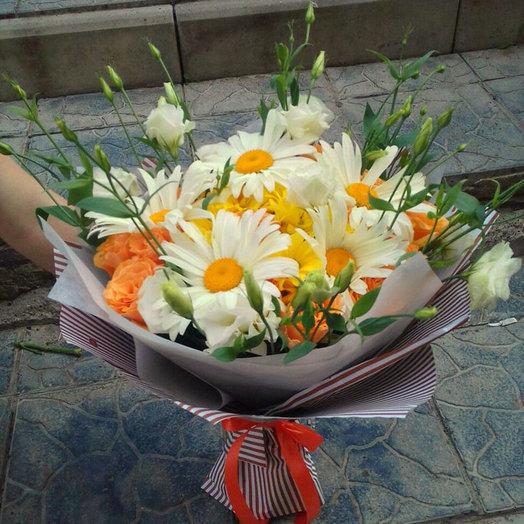 Сливочный лютик: букеты цветов на заказ Flowwow