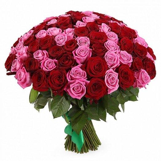 Букет из 101 розы двух цветов