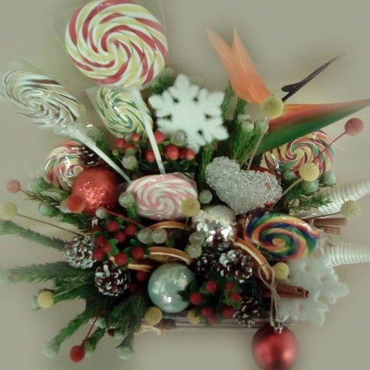 Набор самоцветы с экзотическими цветами: букеты цветов на заказ Flowwow