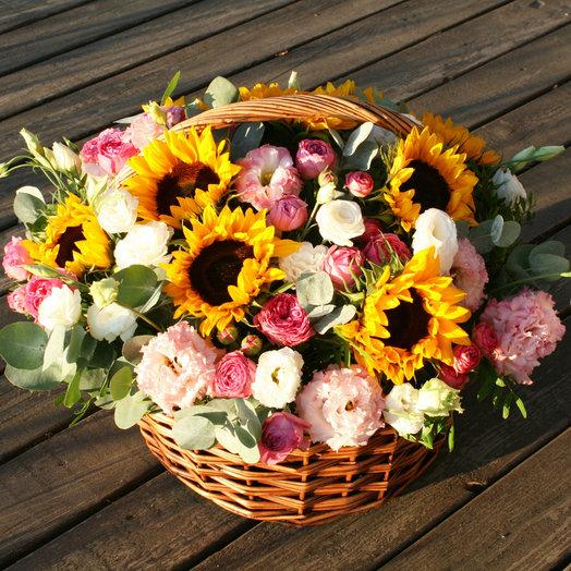 Корзина с подсолнухами - ЦветыСтолицы.ру | 524x524