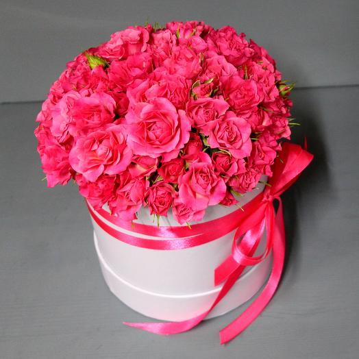 """Шляпная коробка с кустовой розой """"Для самой любимой"""": букеты цветов на заказ Flowwow"""