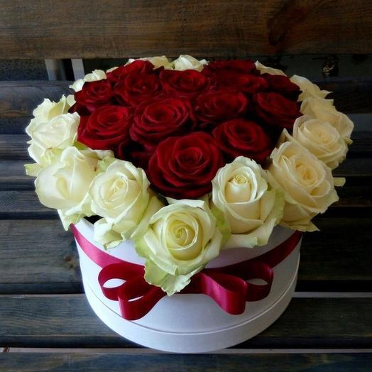 Шляпная коробка 24: букеты цветов на заказ Flowwow
