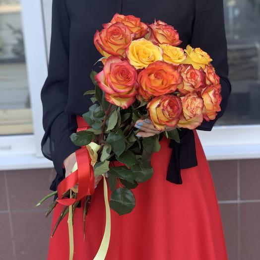 Огненные эквадорские розы: букеты цветов на заказ Flowwow