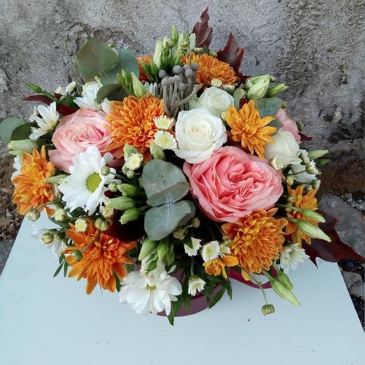 Шляпная коробка с цветами: букеты цветов на заказ Flowwow