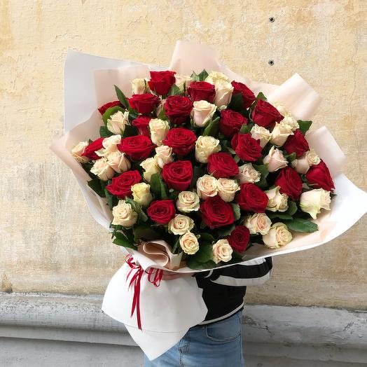 Гигант из роз
