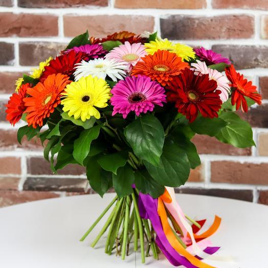 A bouquet of gerberas 23. N796