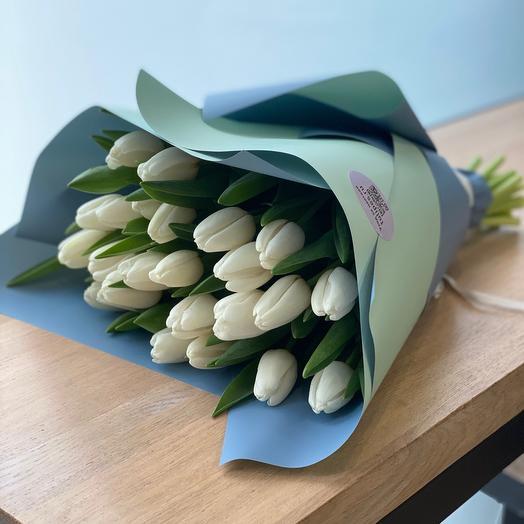 Белые тюльпаны 25 шт
