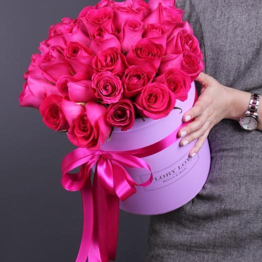 35 роз Пинк Флойд премиум в шляпной коробке