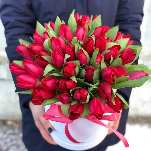 Коробочка КрасноМалиновые Тюльпаны