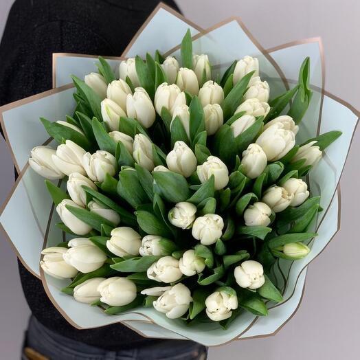Букет белых голландских тюльпанов