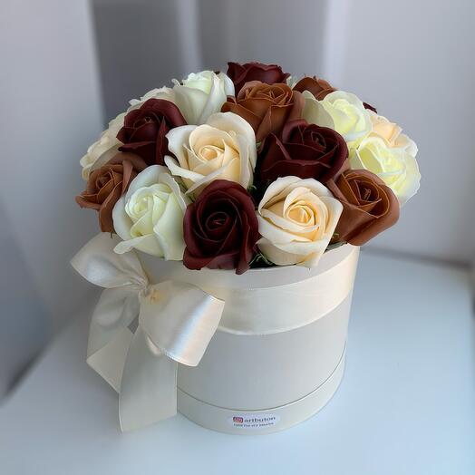 Микс 25 мыльных роз цвета капучино