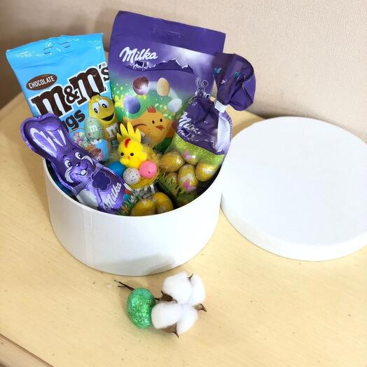 Коробка пасхальная с шоколадками