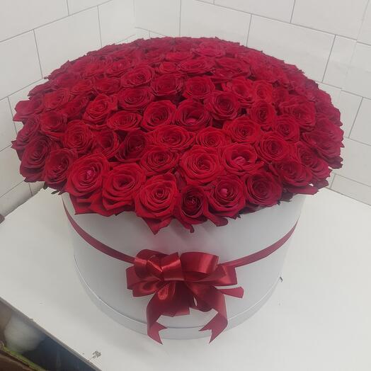 Каробка из 101 красная роза