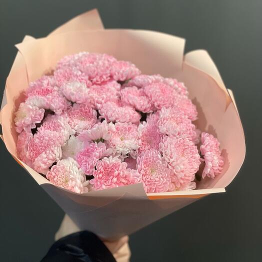 Розовые грезы - букет из крашенной сантини