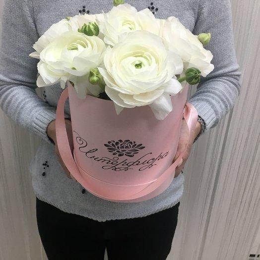 Коробочка с ранункулюсами: букеты цветов на заказ Flowwow