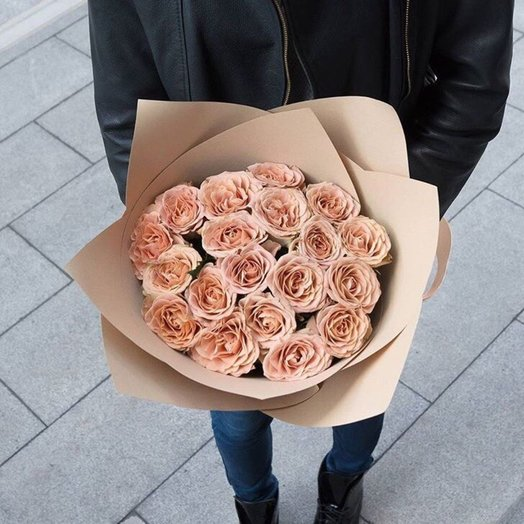 Mono Bouquet 4