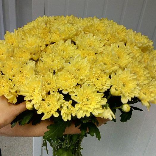 Пышный букет из хризантемы