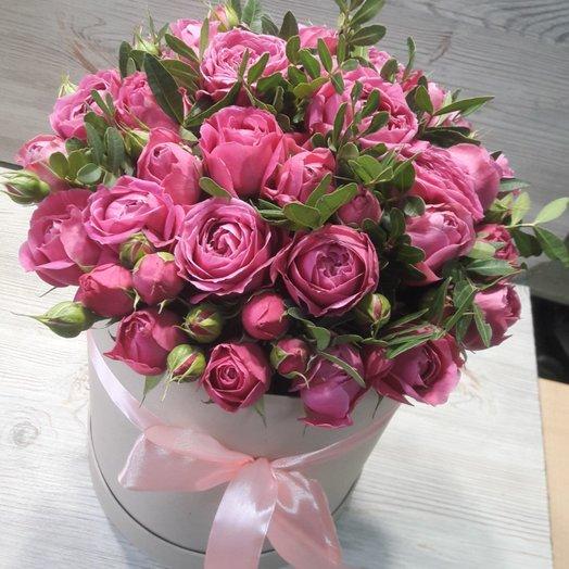 Пионовидная роза в коробке: букеты цветов на заказ Flowwow
