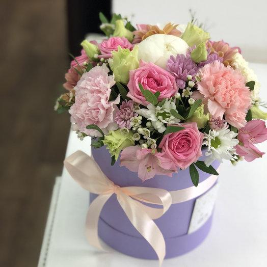 Шляпная Ассорти: букеты цветов на заказ Flowwow