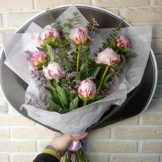 Пионы 7 шт: букеты цветов на заказ Flowwow