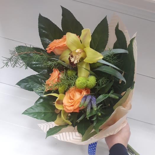 Букет с кремовой розой и Вероникой: букеты цветов на заказ Flowwow