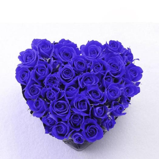 Heart of blue roses. Exclusive: flowers to order Flowwow